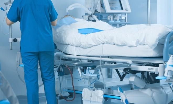 Vlad Voiculescu: Noi măsuri pentru pacienții COVID – număr mai mare de paturi ATI, operații amânate, noi centre deschise