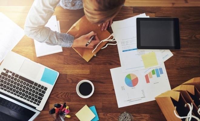 """Platformă online: Piața de recrutare în sistem """"liber profesionist"""" va crește cu 40%, până la finele anului"""