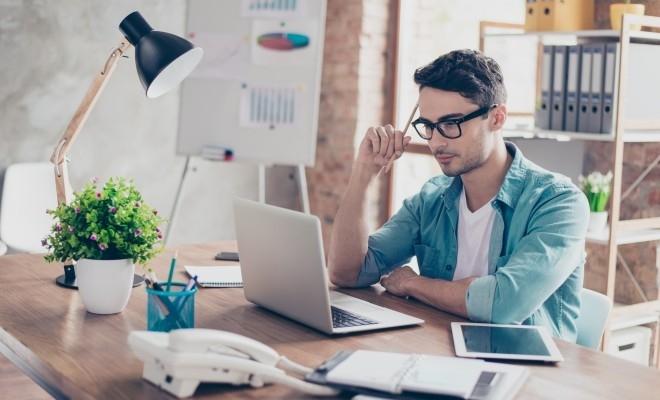 Sondaj: Tinerii din Generația Z, interesați să devină antreprenori pentru program flexibil și lipsa unui șef