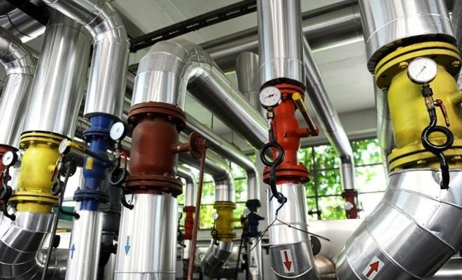 Termoenergetica începe luni încărcarea cu apă a instalațiilor și probele de presiune la instalațiile interioare